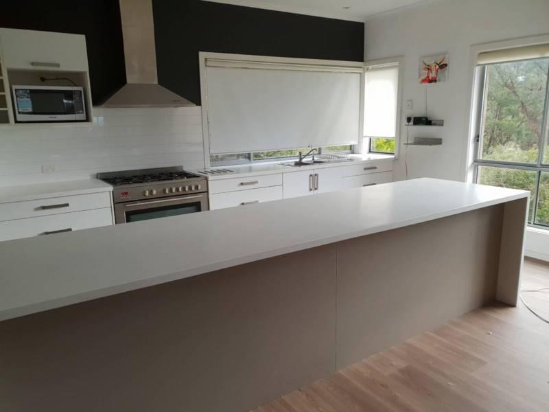 island kitchen interior design